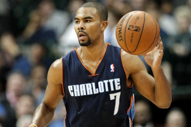 Ramon Sessions Posterizes LeBron James with Nasty Dunk in Transition