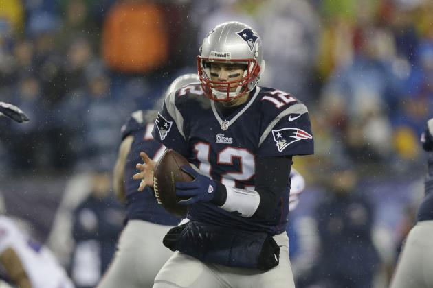 Report: Tom Brady Had Ligament Damage in His Hand InOctober