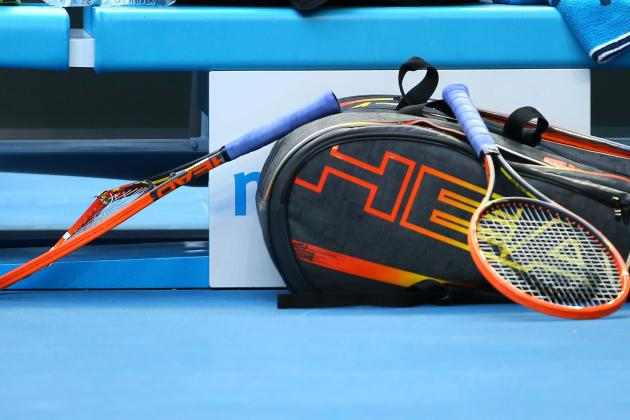 Andy Murray Smashes a Racquet in Frustration, Gifts It to Lucky Fan