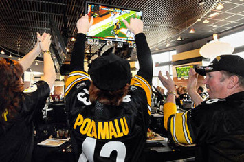 Pittsburgh Is Still a Football Town, Even When the Steelers Aren't Playing