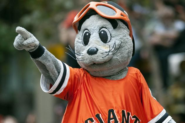 Lou Seal Loses Twitter Bet, Has to Eat Skittles for Mariners Fans