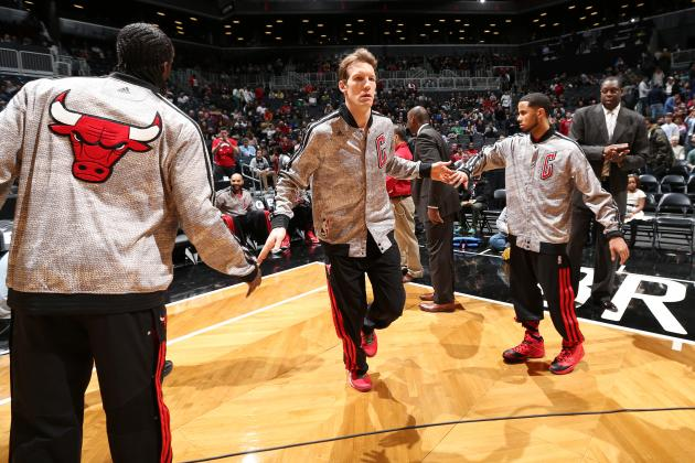 Should the Chicago Bulls Trade Away Mike Dunleavy This Season?