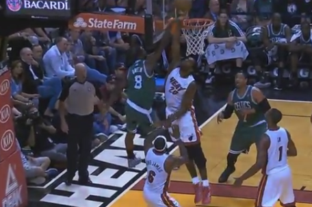Watch: Oden Rejects Jeff Green's Dunk at the Rim