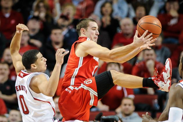 Ohio State Basketball: Why Can't the Buckeyes Score Against Zone Defenses?