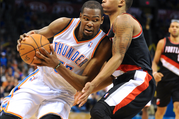 Kevin Durant Should Keep Gunner's Mentality as Long as Russell Westbrook Is out