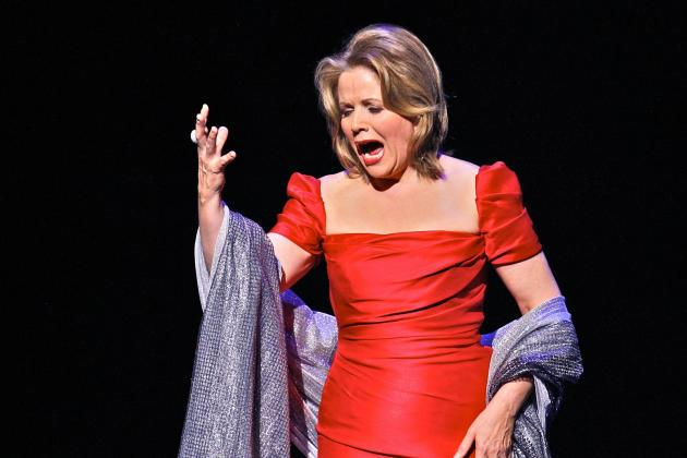 Renee Fleming Selected to Sing the National Anthem at Super Bowl XLVIII