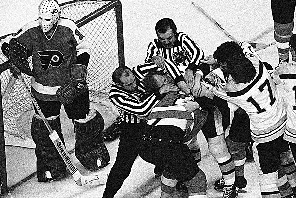 '74 Flyers Set to Be Honored