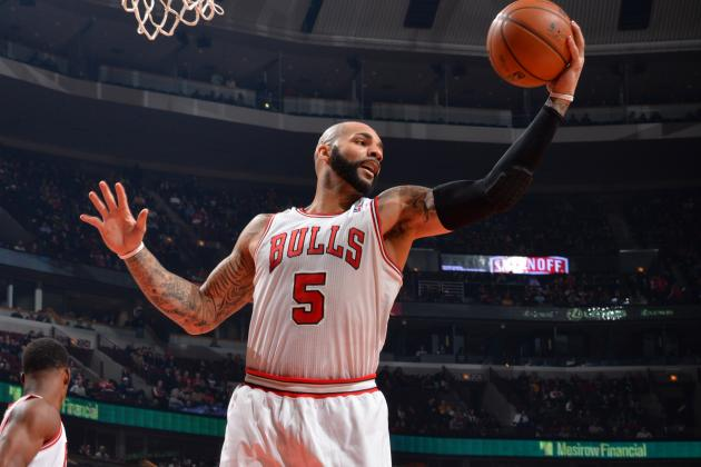 Boozer, Hinrich out vs. Cavs