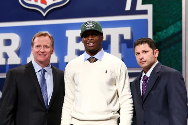 Debate: What Position Should Jets Draft in the 1st Round?