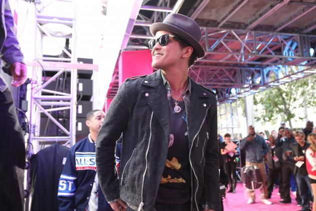 Super Bowl Halftime Show 2014: Everything We Know About Bruno Mars' Performance