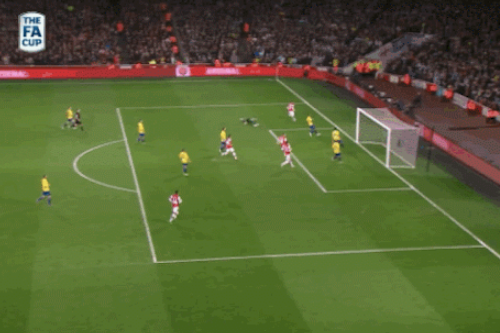 GIFs: Lukas Podolski Scores Twice to Give Arsenal Early Lead vs. Coventry City