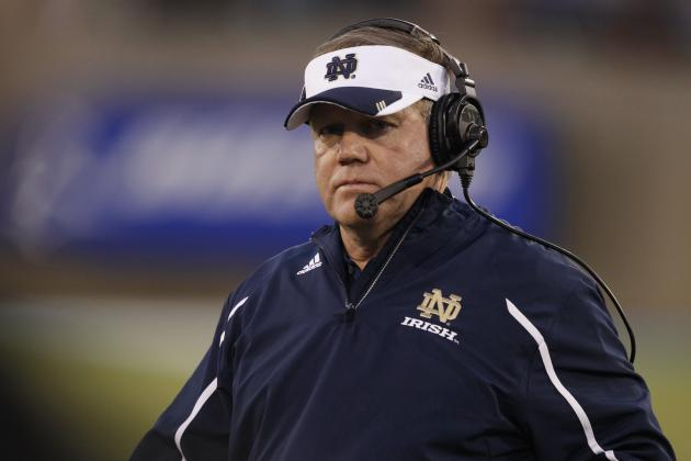 Why Notre Dame Will Suffer from Brian Kelly Calling Plays