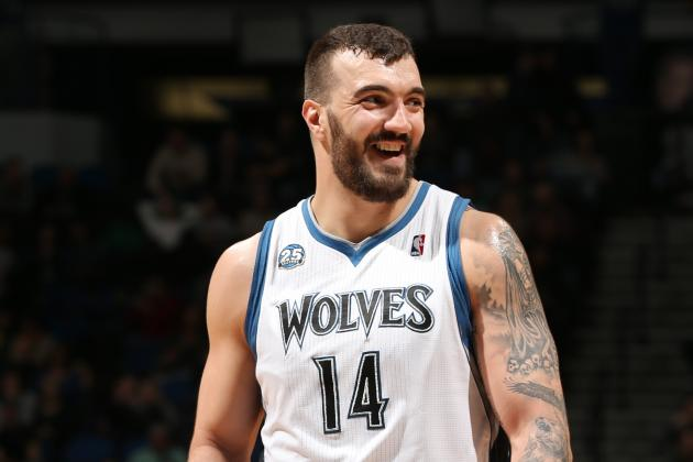 Nikola Pekovic Impersonates a Baby While Working Out