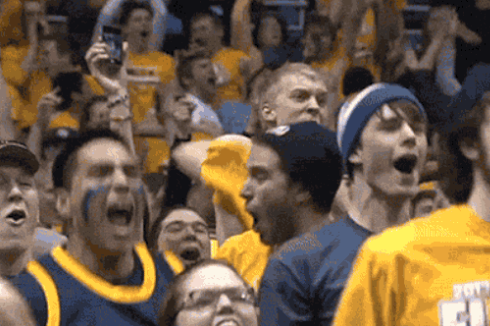 Marquette Basketball Fan Goes Crazy, Rips off Shirt Against Villanova