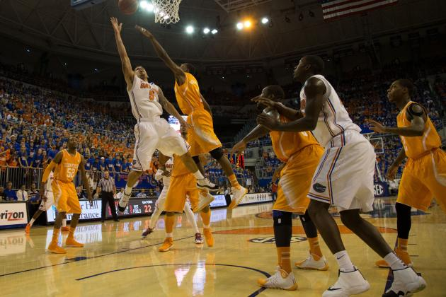 No. 6 Florida Routs Tennessee 67-41