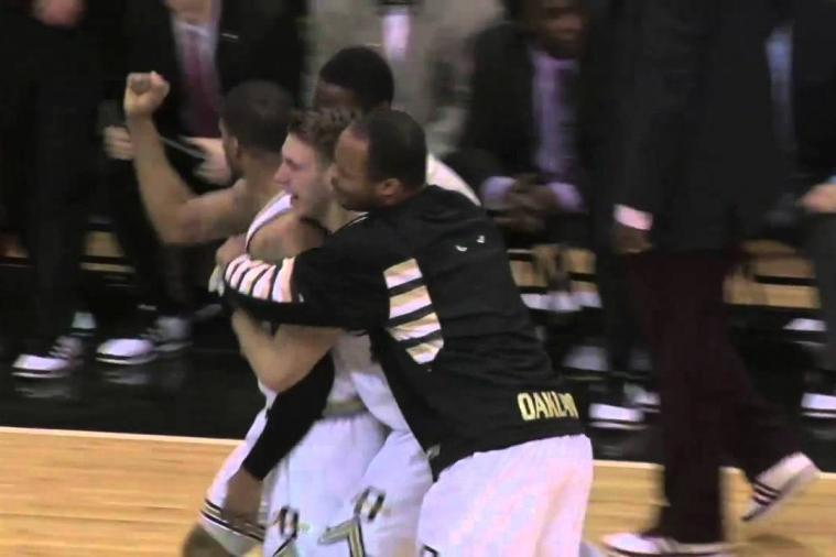 3 Saturday College Basketball Games End in Buzzer-Beater Threes