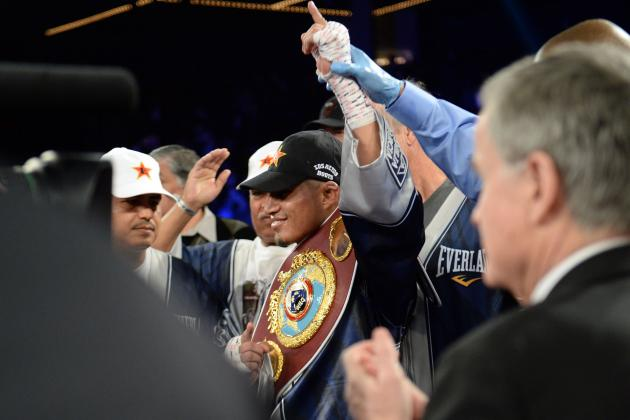 Mikey Garcia Scores Lackluster Decision over Juan Carlos Burgos to Retain Title