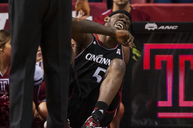 No. 15 Cincinnati Survives at Temple, but Did They Lose Justin Jackson?