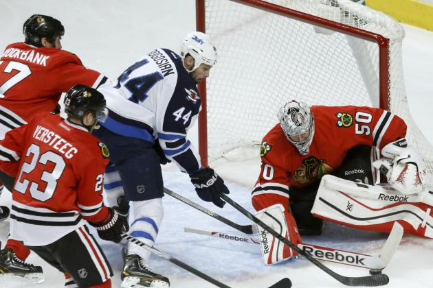 Chicago Blackhawks: Corey Crawford Not to Blame for Loss to Winnipeg Jets