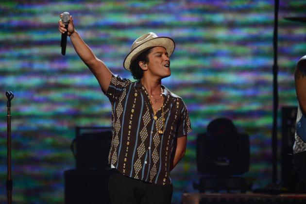 Super Bowl Performers 2014: Previewing National Anthem and Halftime Artists