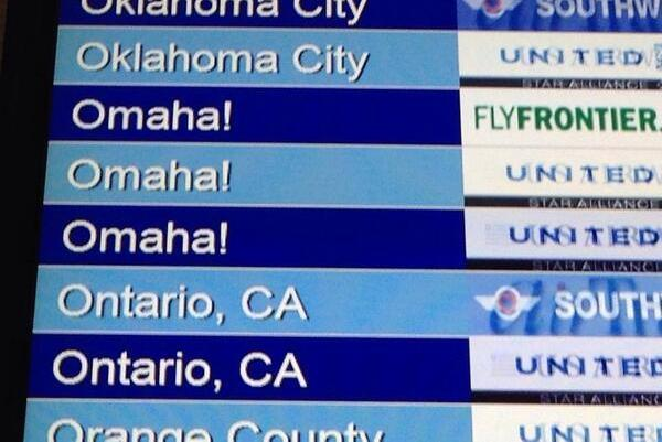 Denver Airport Uses Peyton Manning's 'Omaha!' Call, Trolls Seattle on Twitter