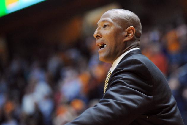 Kennesaw State Coach to Continue Hiatus, Return Next Season