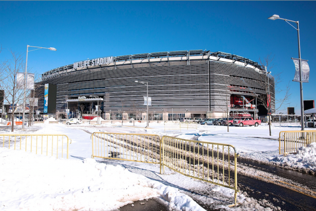 How Will Players, Medical Staffs Prepare for Super Bowl XLVIII's Cold Weather?