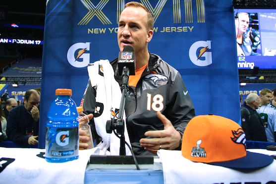 Best Moments and Twitter Reaction from Super Bowl 2014 Media Day