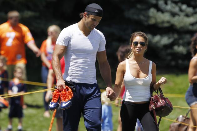 Jessie James: Eric Decker's Wife Is Pregnant and Ready for Some Football