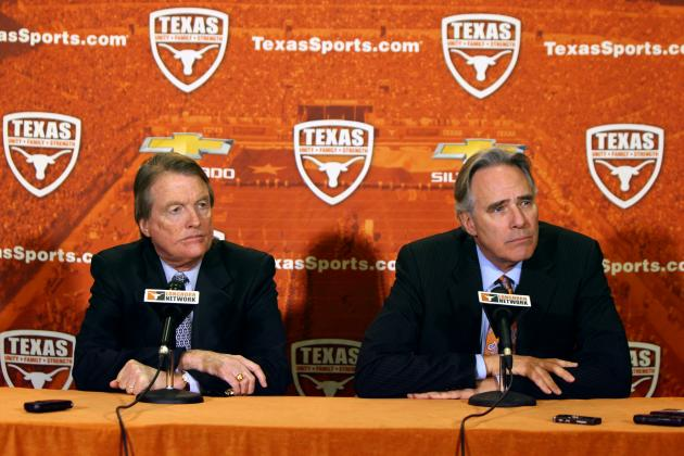 Texas Reportedly Interested in Playing Football Game in Mexico City