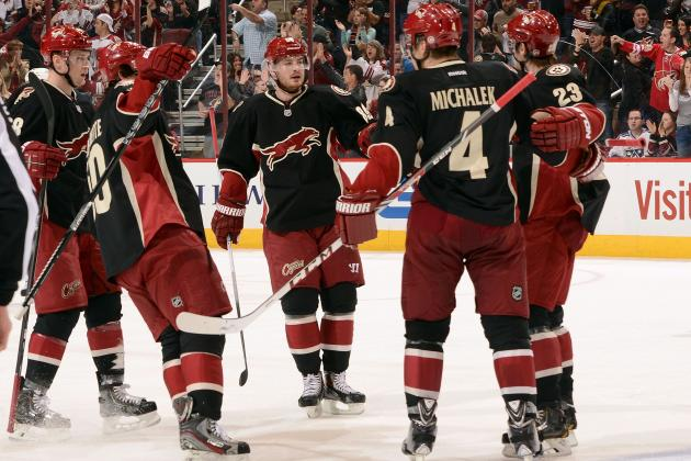 Phoenix Announces Name Change to 'Arizona Coyotes' Starting in 2014-15