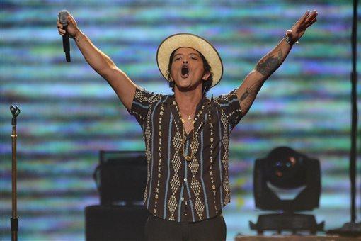 Super Bowl Performers 2014: Previewing Biggest Musical Acts at MetLife Stadium