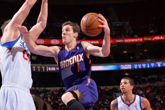 Dragic Scores 30 on Bucks, Injures Elbow in Suns' Win