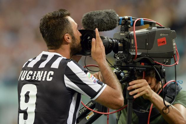 Missing Out on Mirko Vucinic Is a Blow for Arsenal