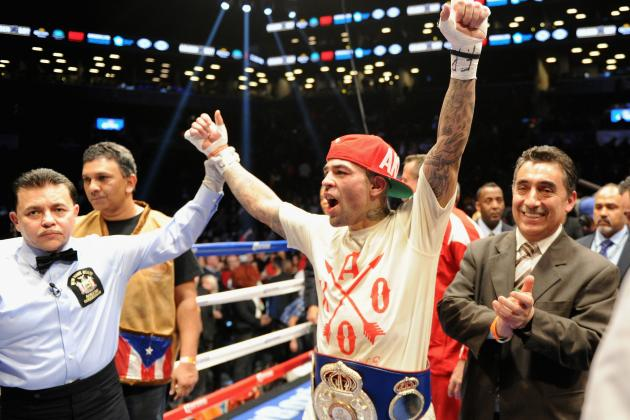 Luis Collazo Scores Devastating Second Round Knockout Win over Victor Ortiz