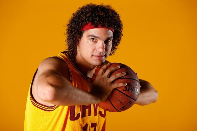 Can Cleveland Cavaliers Trust Anderson Varejao as Starting Center?