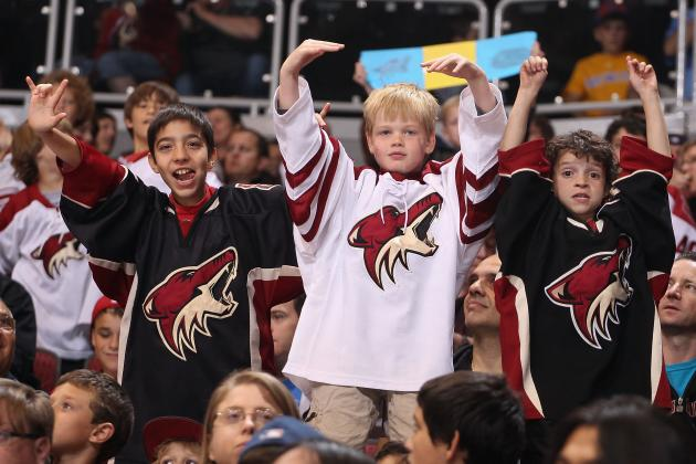Young Phoenix Coyotes Fan Wails out 'Free Bird' Air Guitar Solo