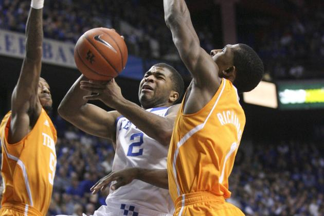 Kentucky Basketball: How Aaron Harrison Has Been Instrumental to Success