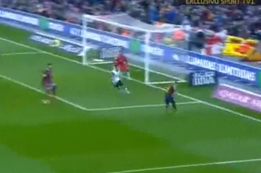 GIF: Alexis Sanchez Scores for Barcelona vs. Valencia in La Liga