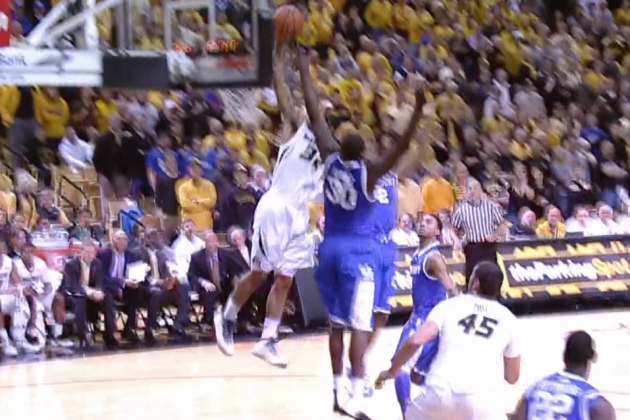 Missouri's Jabari Brown Throws Down Hammer Dunk on Kentucky's Julius Randle