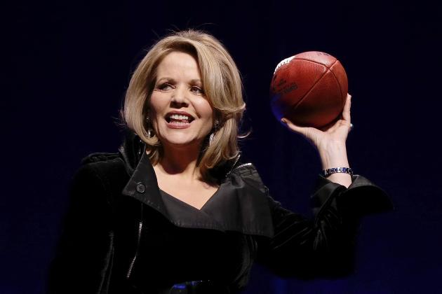 Super Bowl National Anthem 2014: Highlights of Renee Fleming's Rendition