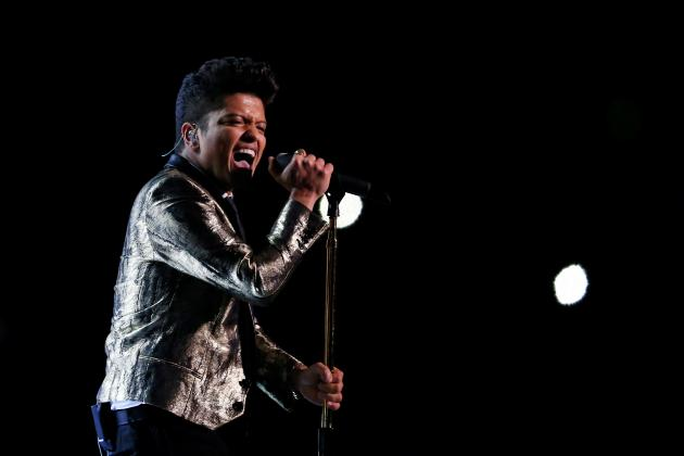 Super Bowl Halftime Show 2014: Bruno Mars, Red Hot Chili Peppers' Best Moments