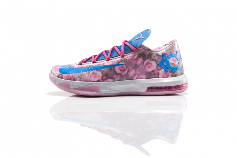 Kevin Durant Pays Tribute to Late Aunt with 'KD VI Aunt Pearl' Sneakers
