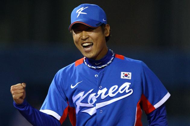 Free Agent Right-Hander Suk-Min Yoon to Work out for Team