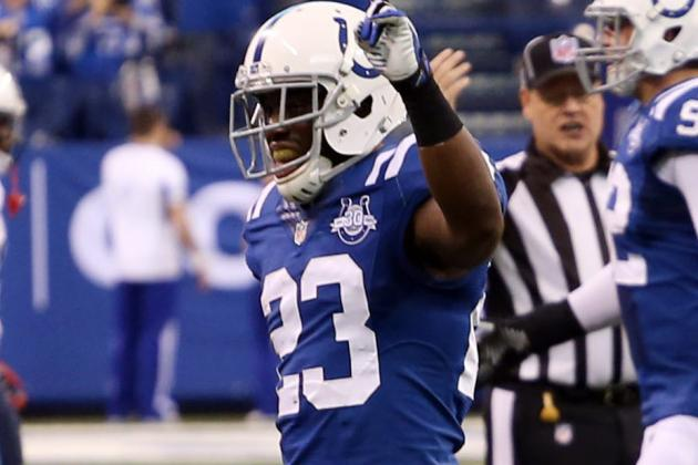 Re-Signing CB Vontae Davis Is a Bad Idea for Colts