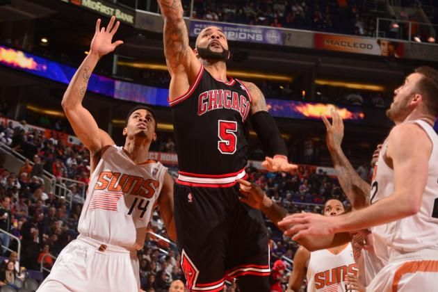 Boozer Lifts Bulls Past Suns 101-92 in Phoenix