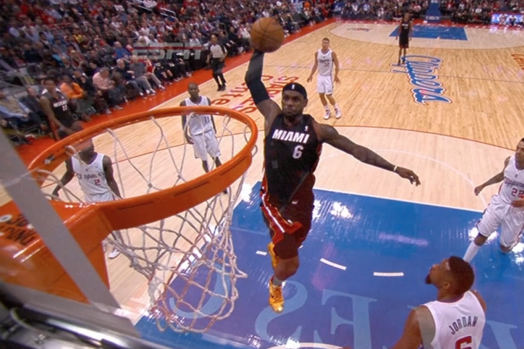 LeBron James Barrels Through the Lane for a 1-Handed Monster Jam