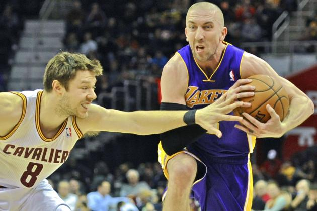 LA Lakers Clown Basketball Convention in Wacky Win over Cleveland Cavaliers
