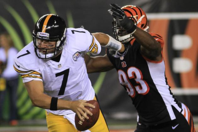 How the Bengals Can Survive Michael Johnson's Potential Departure