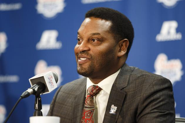 Kevin Sumlin Responds to Charlie Strong's 'gadget Program' Comments